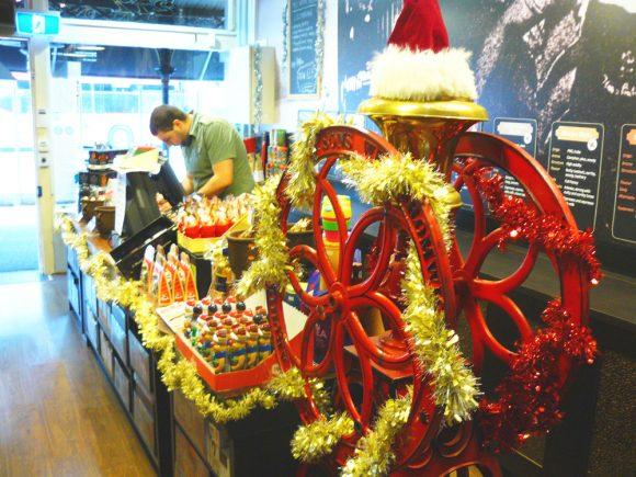 Day 6: A very Carlton Christmas