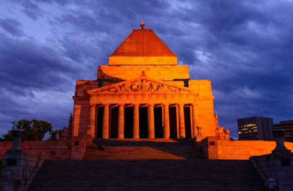 Anzac Day in Melbourne – how to pay your respects
