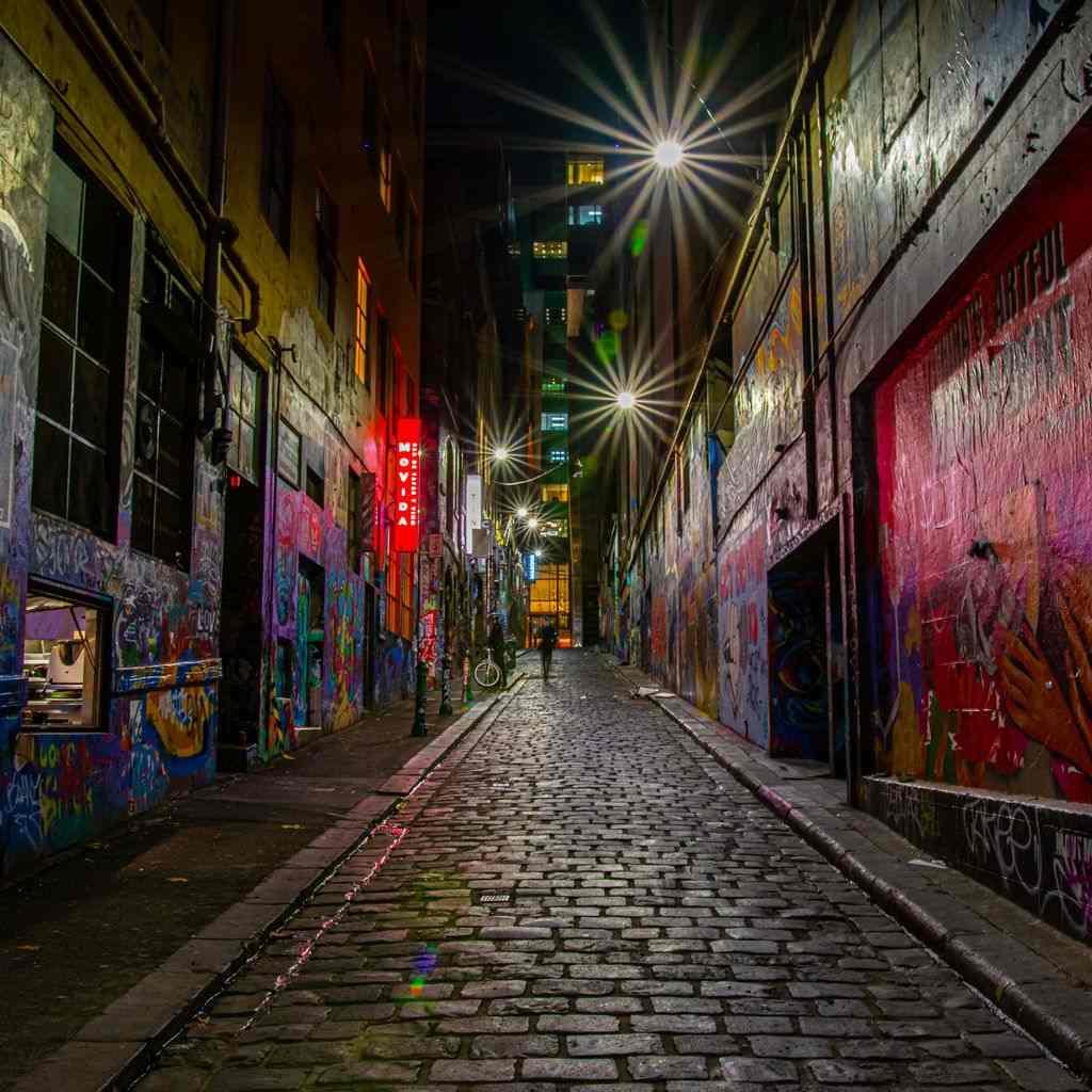 A laneway at night