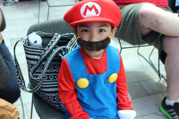 A child dressed up as a video game character