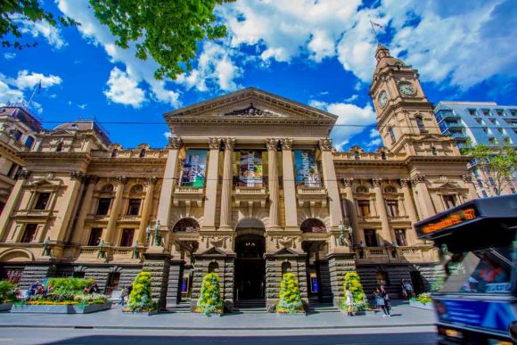 Free tours of iconic Melbourne places