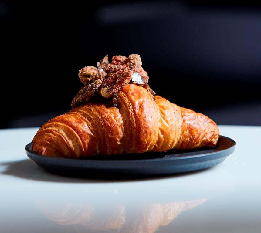 Picture of a vegan croissant from Weirddoughs