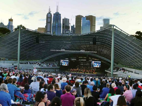 7 free outdoor music concerts