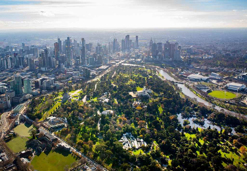 An aerial photo of a large city parkland